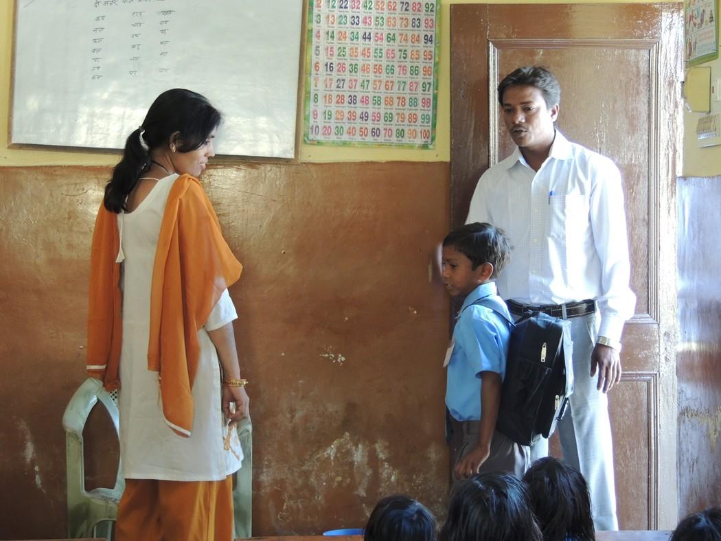 Une école à Bodh Gaya - premier jour à l'école