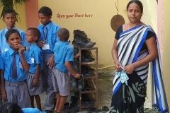 Reena-soeur-de-Rajesh-L75756-dcall-e1492276664493